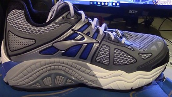 Best Running Shoes For Overpronation And Flat Feet