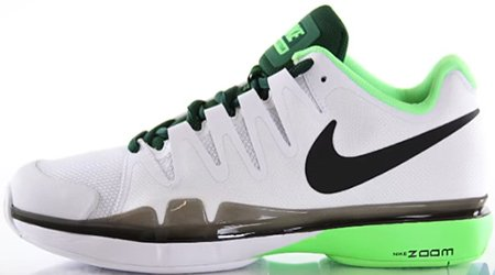 Nike Zoom Vapor 9.5 Tour tennis shoe
