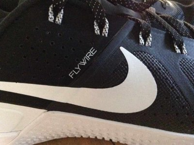 nike-metcon-1-flywire-training-shoes