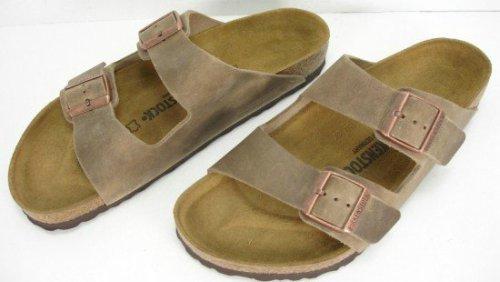 26 Best Sandals For Plantar Fasciitis