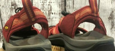 keen-venice-h2-sandals-footbed