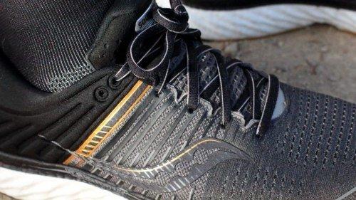 Saucony-Triumph-17-laces